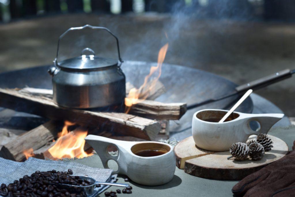 焚火コーヒーグランピングで冬ジビエと焚火