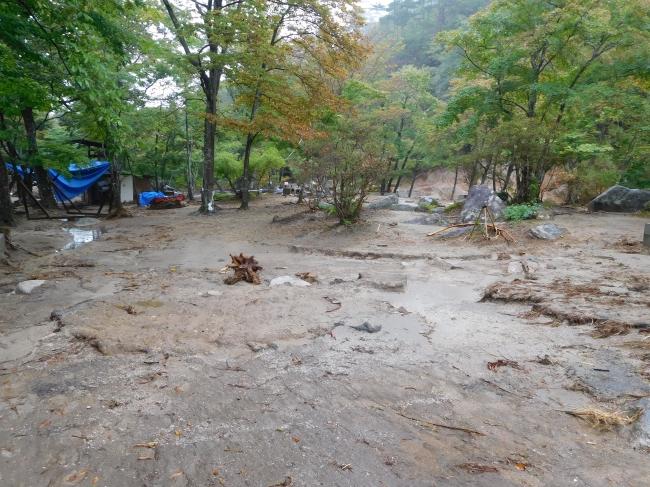 被害状況1台風19号被害から不動尊公園キャンプ場再開