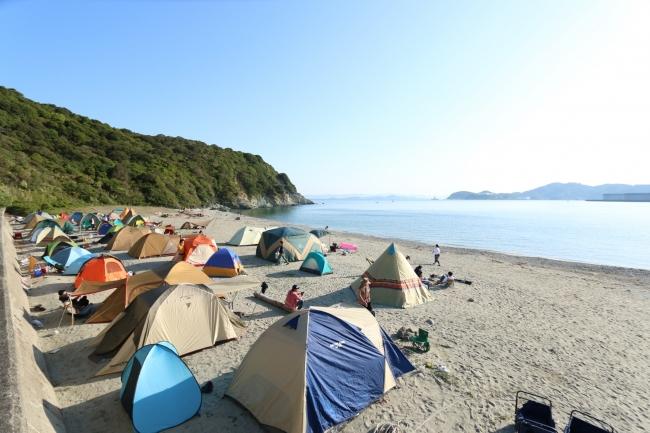 キャンプサイト砂浜GWは無人島でキャンプしないシネマフェス開催決定