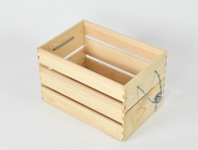 カモシカのノアさんのボックス地域材家具屋がリビングでもキャンプでも使える家具ブランドをローンチ